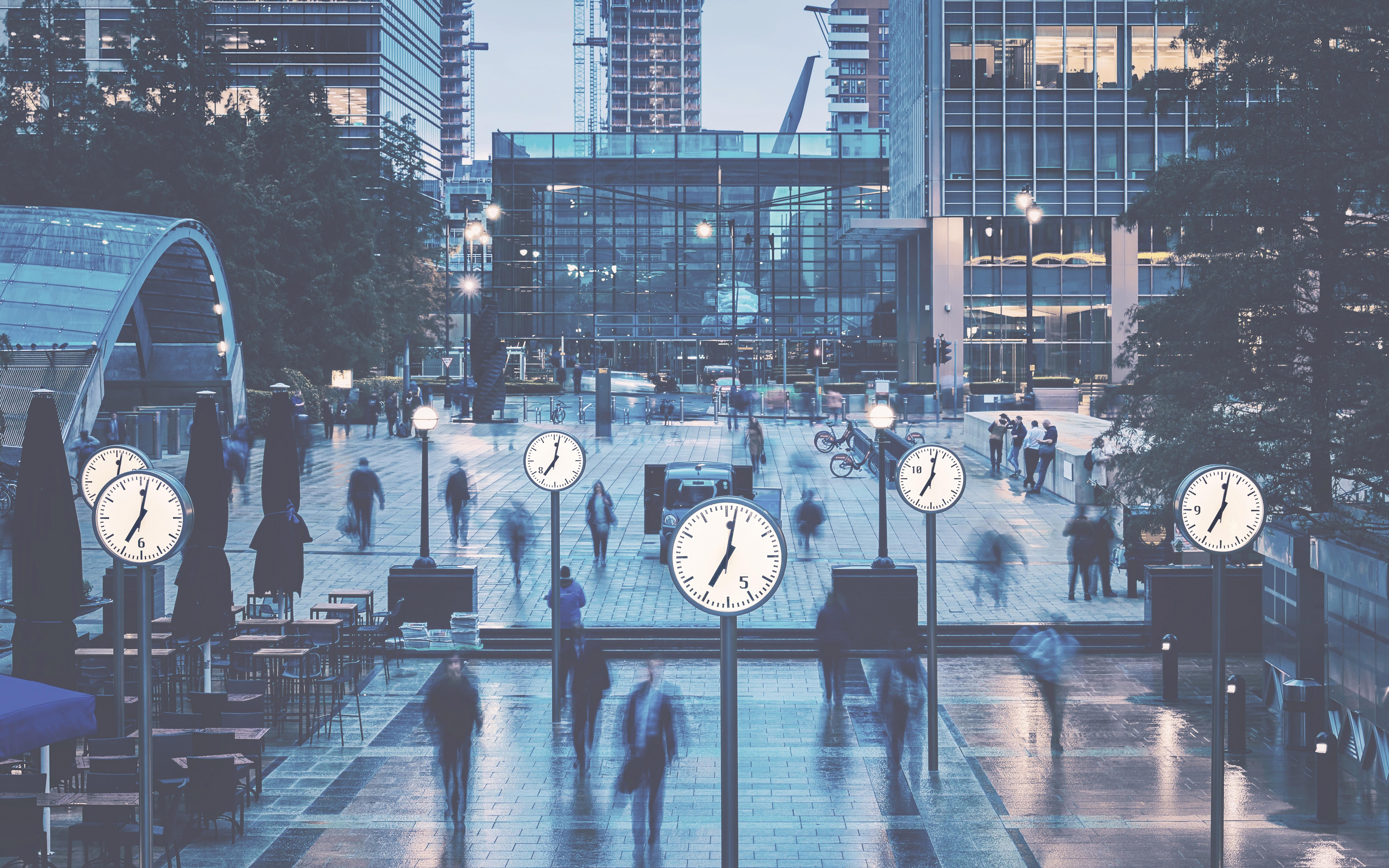 Canary_Wharf_Clocks_Cool_Sharp (IP)